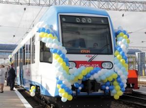 В Крыму вышел на маршрут первый рельсовый автобус   20121026SMARK144 300x222