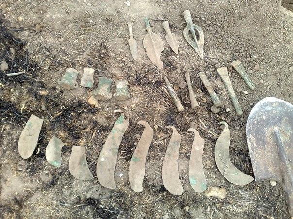 приведенного выше фото находок черных археологов очень трепетно отношусь