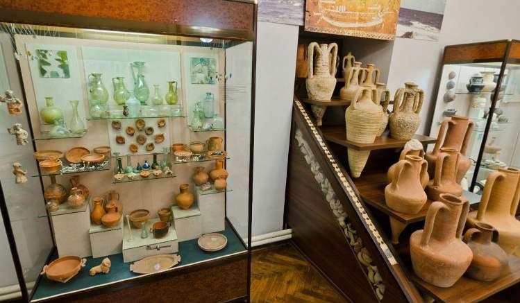«Государство-ябеда»: Минкульт Украины попроситЕС прекратить сотрудничество снекоторыми российскими музеями