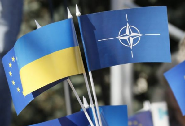 Генеральный секретарь НАТО «видит» русские войска наДонбассе