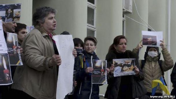 Лариса Китайская на акции протеста в Киеве, архивное фото Крым.Реалии