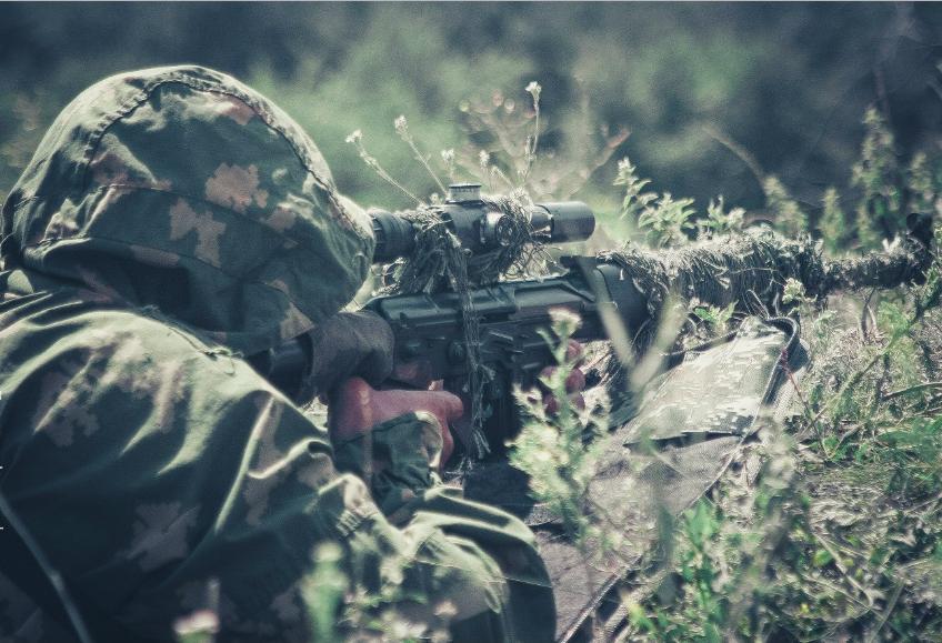 Взоне АТО активизировались снайперы боевиков: ранен украинский военный