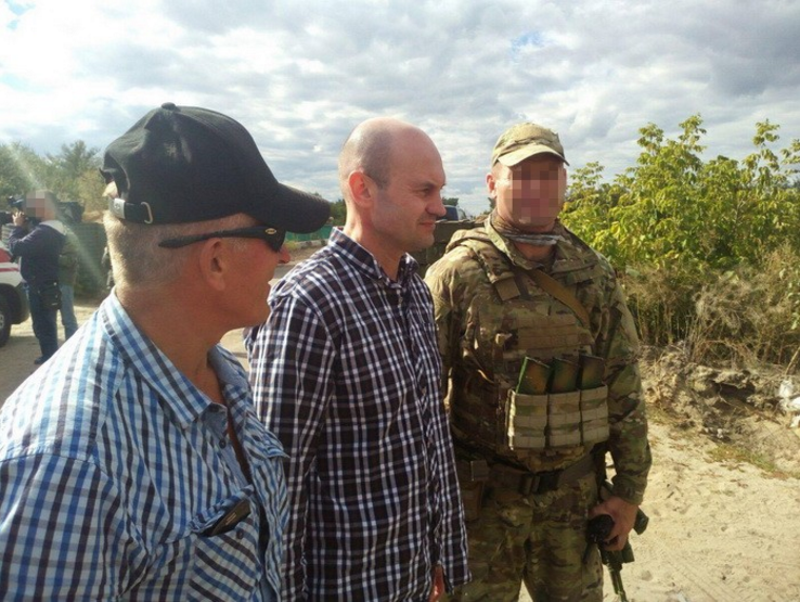 Порошенко: Изплена боевиков освободили Жемчугова иСупруна