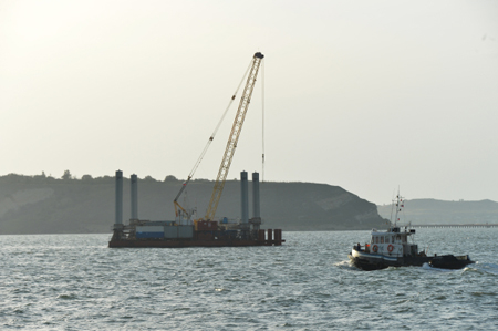 У берегов Крыма затонул плавучий кран. Волшебный Партенит