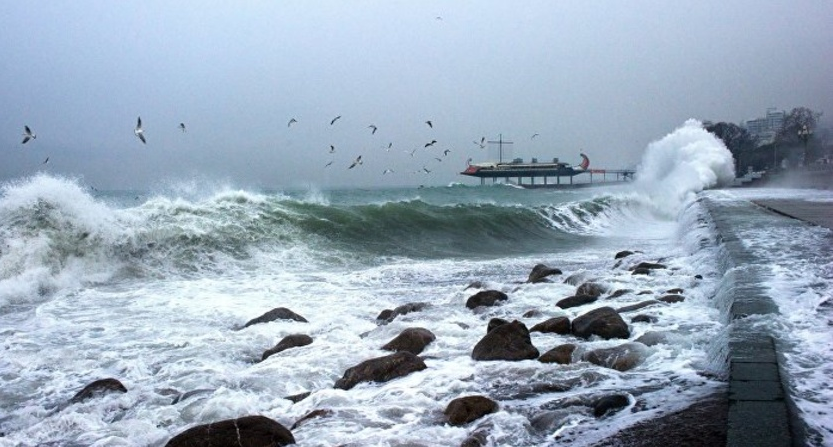 МЧС предупредило обочень сильных дождях ишквальном ветре вКрыму 19