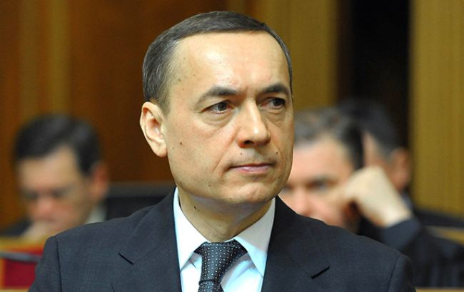 Суд арестовал квартиру, авто исчета прежнего народного депутата — Дело Мартыненко