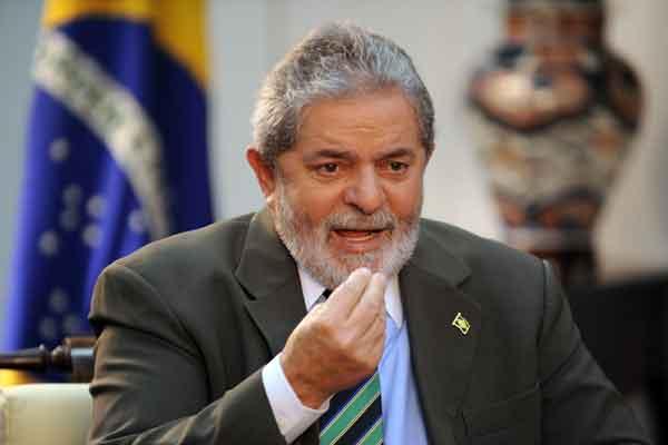 Экс-президенту Бразилии дали тюремный срок за коррупцию