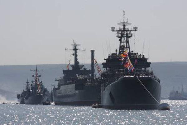 Баркаса исамолетыЧФ уничтожили «отряд кораблей» условного противника