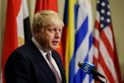 Руководитель МИД Великобритании призвал давить на РФ из-за Крыма
