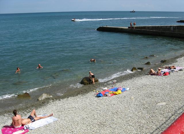 Бесплатный пляж не значит доступный