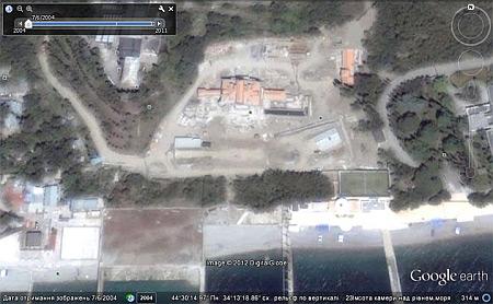 В интернете выставили фото строительства бассейна на даче Януковича в Магараче   eca3f82 vid1