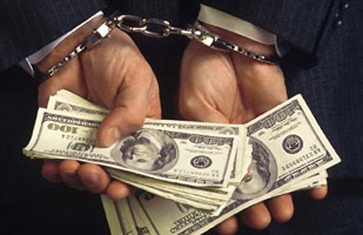 В Киеве аукционер доигрался до 8 лет тюрьмы
